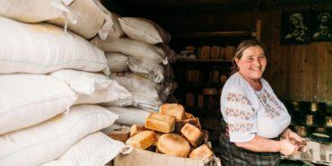 Як на Гуцульщині випікають традиційний хліб за особливим рецептом. ВІДЕО