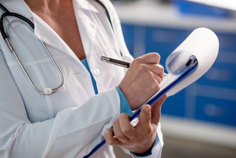 Лікарі прийматимуть навіть тих пацієнтів, які не підписали декларацію, - МОЗ