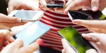 Більшість власників смартфонів страждають на номофобію, – МОЗ