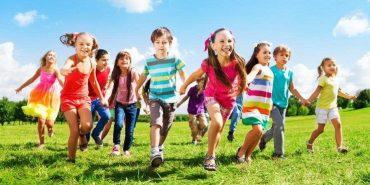 Куди подіти дитину на канікулах, або Які літні табори діють на Прикарпатті