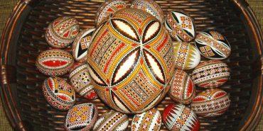 Українські традиції з Румунії представлені на виставці у Коломиї. ВІДЕО