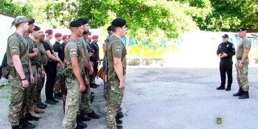 На Донеччину відбув загін прикарпатських поліцейських. ФОТО