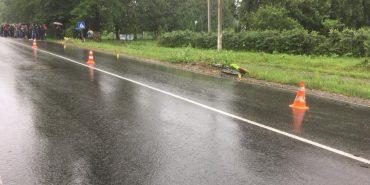 ДТП на Прикарпатті: велосипедист загинув, дитина у лікарні. ФОТО