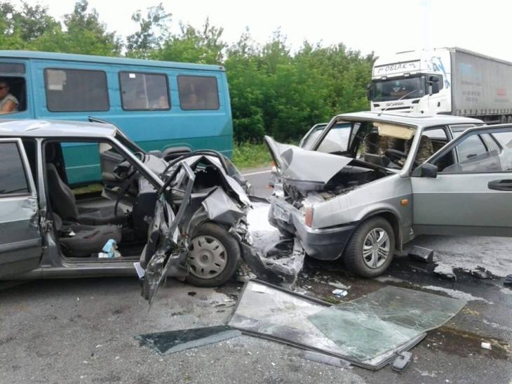 ДТП на Снятинщині: одна людина загинула, троє у лікарні