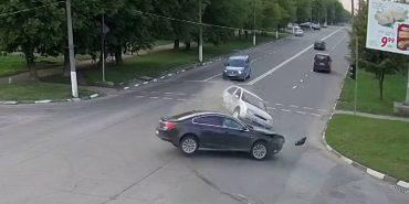 У поліції розповіли подробиці потрійної ДТП на Прикарпатті. ФОТО+ВІДЕО