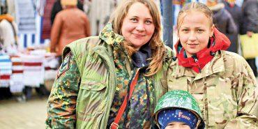 Волонтерку з Коломиї нагородили відзнакою Президента. ФОТО