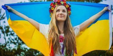 Українці, яким за 100 років, дали поради молодим