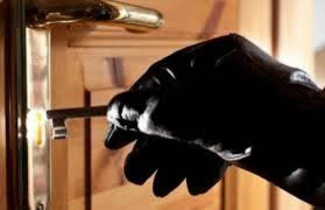 На Франківщині злодії проникли до квартири, поки власник приймав душ. ФОТО