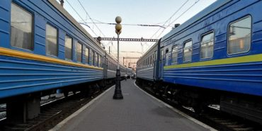 У сезон відпусток курсуватиме 23 літні поїзди