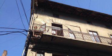 В Івано-Франківську обвалився балкон з жінкою. ФОТО