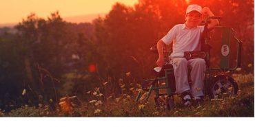 На Франківщині шукають волонтерів, щоб допомогти хлопцю в інвалідному візку підкорити Говерлу