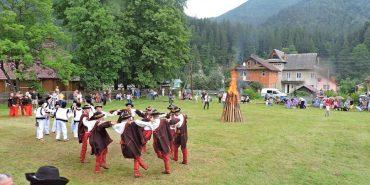 На гуцульському фестивалі в Татарові встановили рекорд України з найтривалішого виконання Аркану