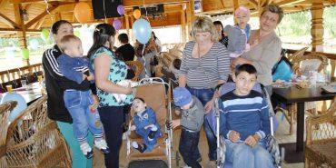 На Прикарпатті 5 років працює організація, яка опікується дітьми з ДЦП. ФОТО