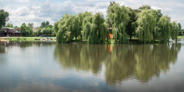 У Коломиї троє нетверезих чоловіків хотіли скупатися в озері – завадили рятувальники