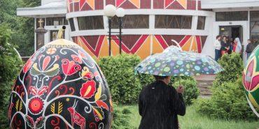 Похмуро і дощ: погода в Коломиї на 15 березня