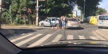 На Франківщині таксі потрапило в аварію – пасажирка в лікарні. ФОТО+ВІДЕО