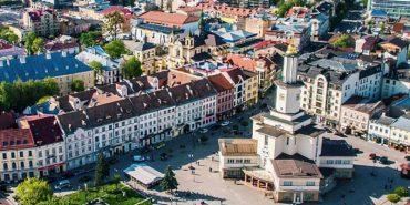 Кращий балкон, під'їзд і фасад: у Франківську запровадять відзнаку за благоустрій