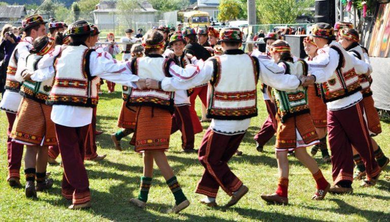 На гуцульському фестивалі, який пройде цими вихідними на Яремчанщині, встановлять рекорд України з наймасовішого виконання Аркану