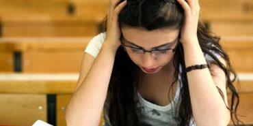 Майже половина випускників прикарпатських коледжів та професійних училищ провалили ЗНО