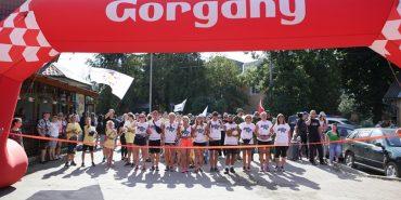 У Ворохті завершився 650-кілометровий піший марафон на підтримку дітей-сиріт. ФОТО