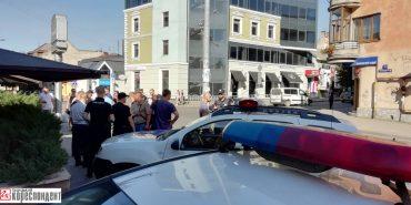 В центрі Івано-Франківська іноземці влаштували стрілянину. ФОТО