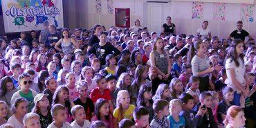 На Прикарпатті олімпійці розповіли дітям про великий спорт