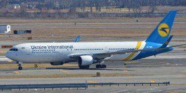 Пасажирський літак, який прямував зі Львова до Єгипту, здійснив екстрену посадку в Борисполі
