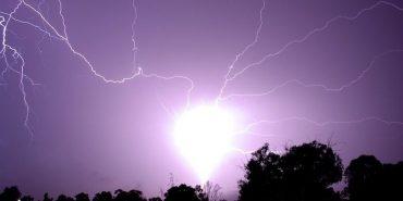 Українців попередили про нашестя кульових блискавок на початку серпня: як вберегтися. ВІДЕО