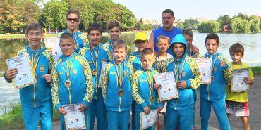 11 золотих, дві срібні і дві бронзові: юні коломияни повернулися з боксерського турніру. ВІДЕО