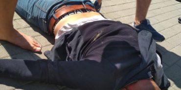 На Франківщині пограбували обмінний пункт, злодія затримали перехожі. ФОТО+ВІДЕО