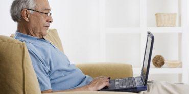 Працюючим пенсіонерам  не доведеться обирати між пенсією і зарплатою, – Мінсоцполітики