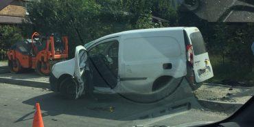 В Яремчі зіткнулися два автомобілі: одна людина в лікарні. ФОТО