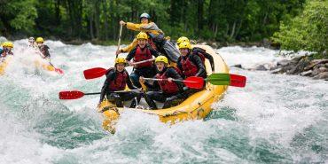 Рафтинг – одна з популярних туристичних атракцій Прикарпаття. ВІДЕО