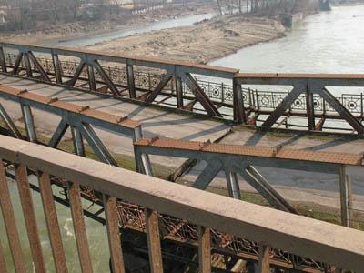 На Прикарпатті виявлено 11 аварійних мостів. ВІДЕО