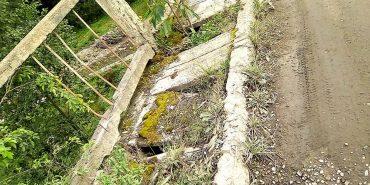 На Верховинщині люди вимагають відремонтувати зруйнований міст. ФОТО