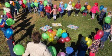 У Городенці провели флешмоб до Дня усиновлення. ФОТО