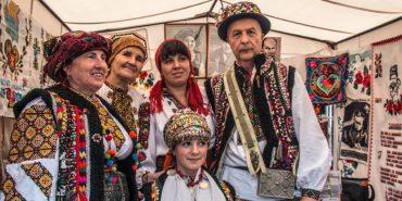Весілля, автентичний одяг і страви: прикарпатців кличуть сьогодні на День гуцульської культури