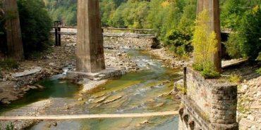 На Франківщині підліток впав з моста в річку