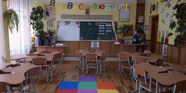 Коломия отримала чергову партію меблів для Нової української школи. ФОТО