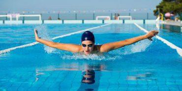 Плавання – стиль життя: як заняття у воді впливають на тіло
