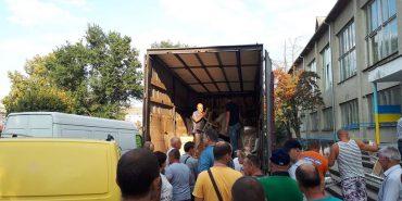 Коломия отримала першу партію меблів для Нової української школи. ФОТО