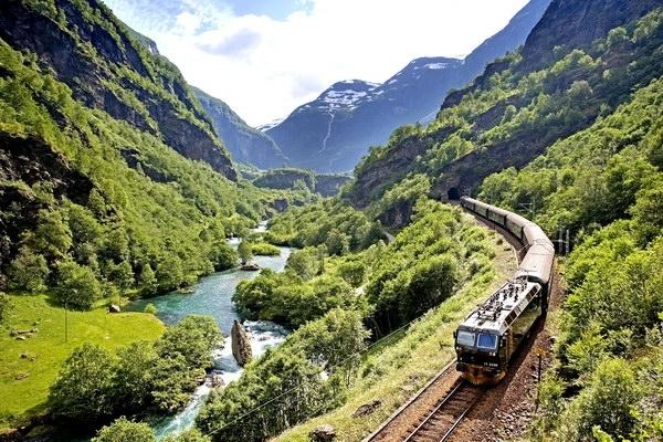 Франківщину відвідало більше чотирьох мільйонів туристів