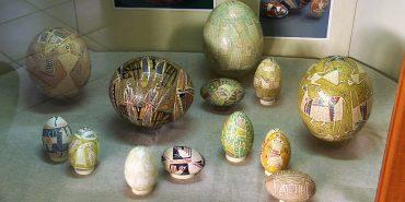 У Коломиї до 21 жовтня діє виставка Андрія Пушкарьова. ВІДЕО