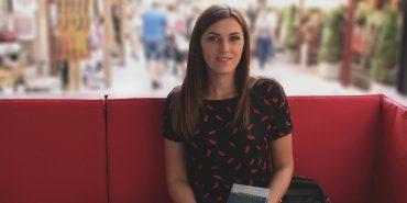 Христина Козловська з Коломиї презентувала власну книжку на Форумі видавців у Львові. ФОТО
