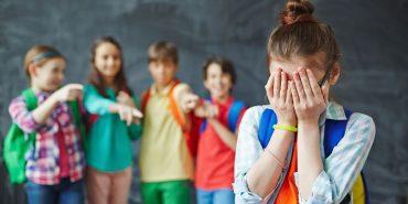 Верховна Рада прийняла у першому читанні законопроект про штрафи для батьків і вчителів через булінг