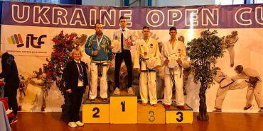 Прикарпатські таеквондисти вибороли вісім золотих медалей на Кубку України