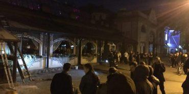 На Франківщині горів розважальний заклад – відвідувачів евакуювали. ФОТО