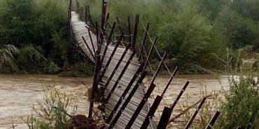Через аварійний міст прикарпатці хочуть перекрити дорогу на Буковель