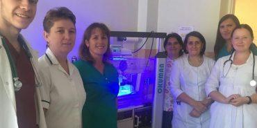 Студенти-медики з Франківщини ініціювали придбання лампи фототерапії для малюків. ФОТО