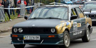 На Прикарпатті триває Чемпіонат України з автослалому. ФОТО
